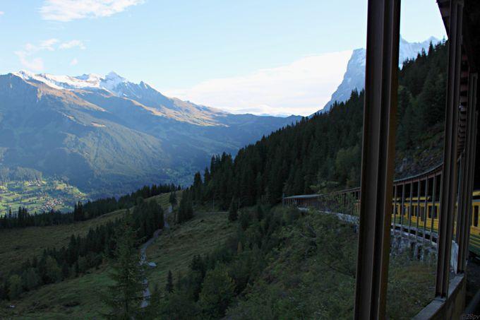 3つの登山列車を乗り継ぎ「ヨーロッパの屋根」を目指す!