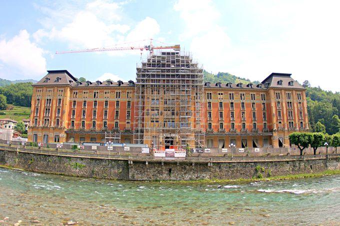 街を代表する建物「グランドホテル」