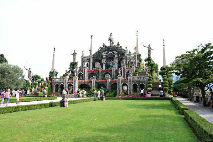 イゾラベッラとボッローメオ宮殿