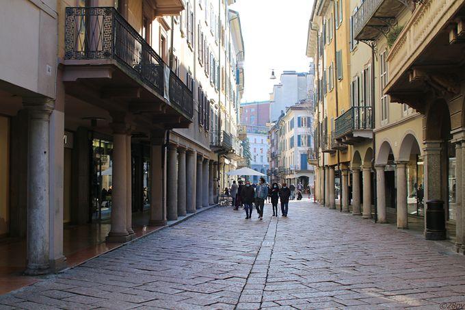 ヴァレーゼという街について