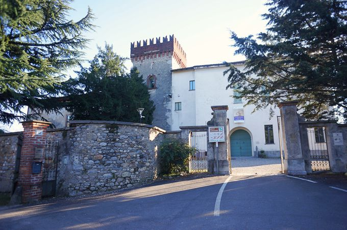 中世時代からの瀟洒なお城やヴィラ(お屋敷)