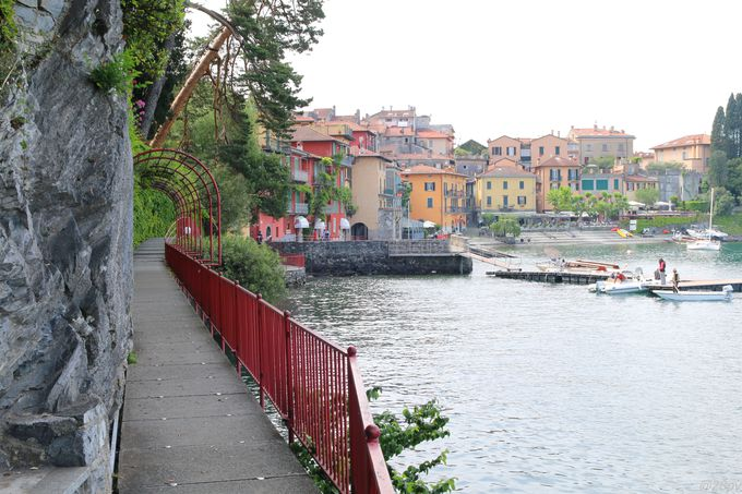 ヴァレンナの湖畔を歩いてみよう