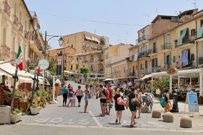 """""""イタリアで最も美しい村""""に選出された「トロペア」"""