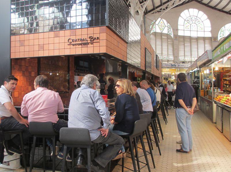 ミシュラン星付シェフのバルが市場に!バレンシア「セントラル・バル」