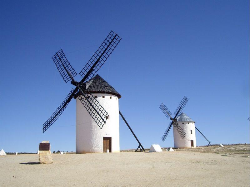 ドン・キホーテの風車の村!スペイン「カンポ・デ・クリプターナ」に行こう!