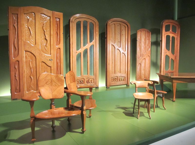 バルセロナ「カタルーニャ美術館」で中世からガウディまで楽しもう!