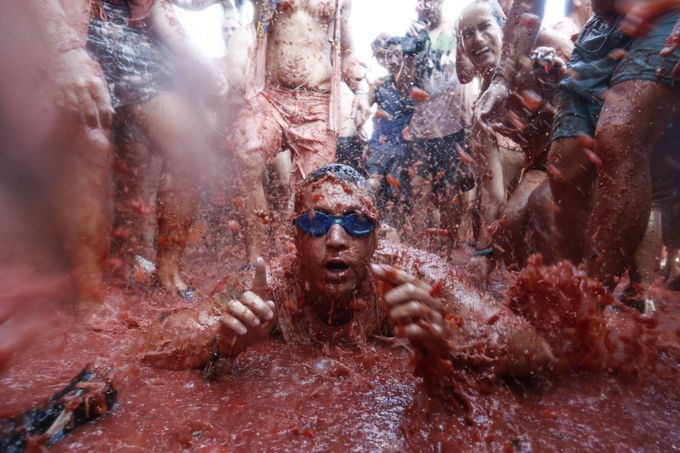 トマト投げ祭りのルール