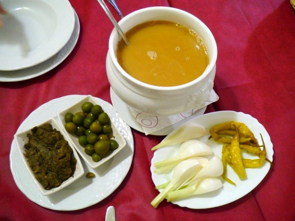 コシードの食べ方:スタートはスープから!