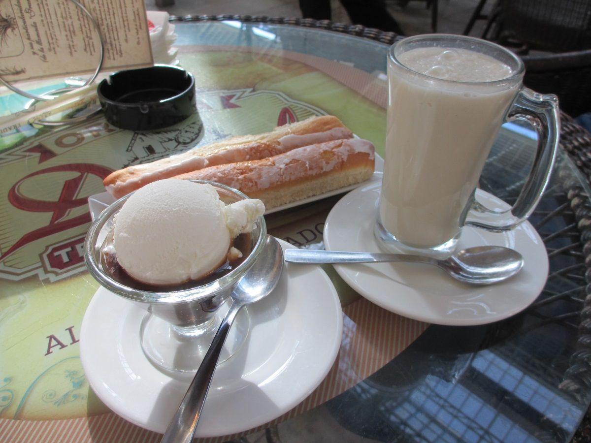 スペイン・バレンシアのオルチャタ(タイガーナッツドリンク)