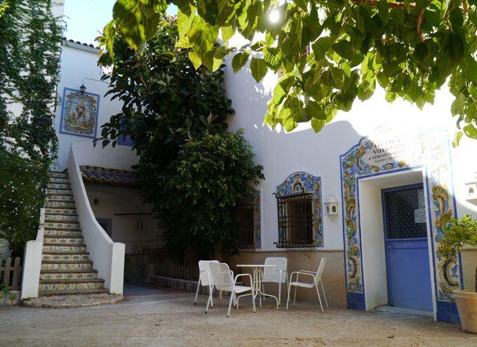 まるで博物館!圧巻の陶芸工房「La Cerámica Valenciana」
