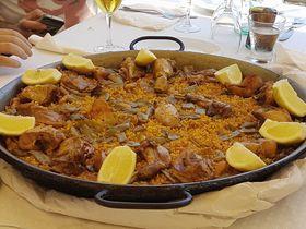 夏本番!バレンシアのビーチでパエリアを食べるならこの2軒