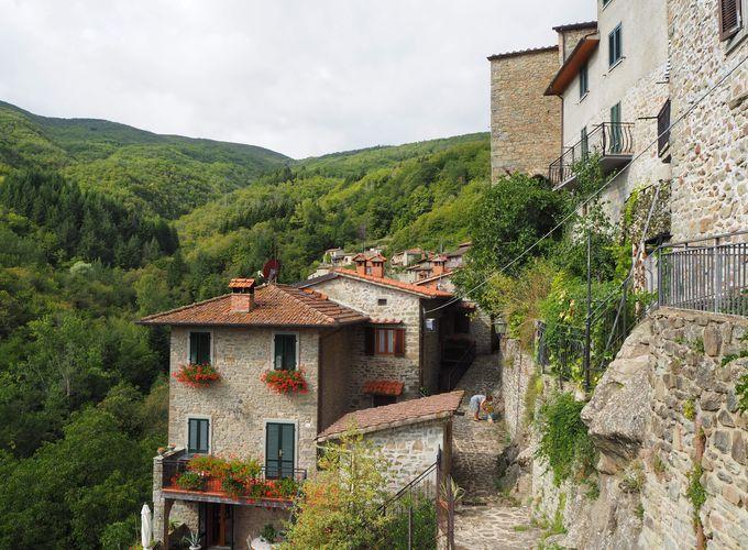 イタリア・トスカーナの美しい村「ラッジョーロ」