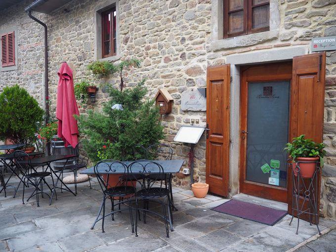 食料品店&バル、レストランにプール!アルベルゴ・ディフーゾ内の施設
