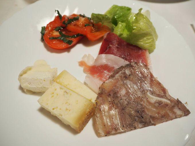 トスカーナの味を満喫!「アグリツリズモ・カサ・パリーノ」のディナー