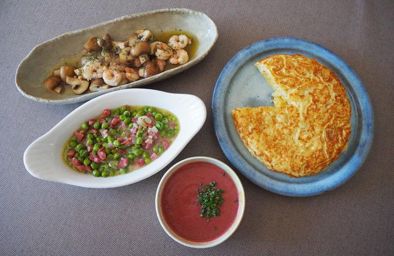 材料4つ!日本でも簡単に作れるスペイン料理「スペイン風オムレツ」