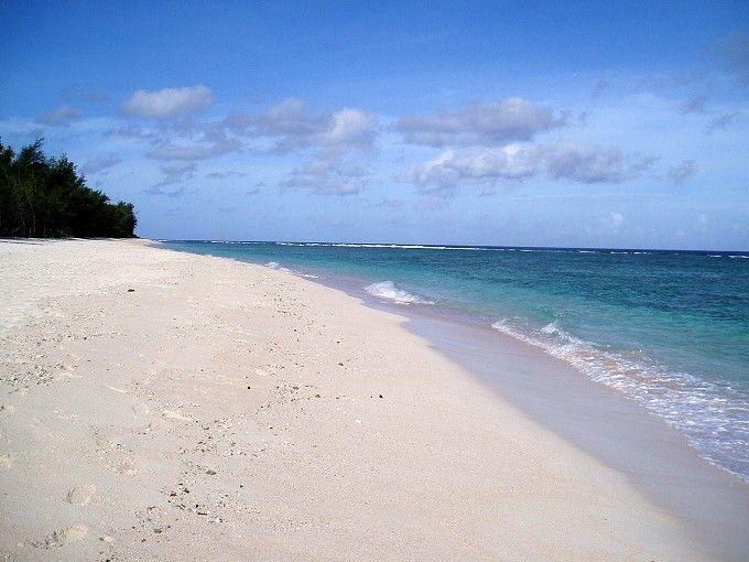 生で絶対見たい!グアムの絶景ビーチ