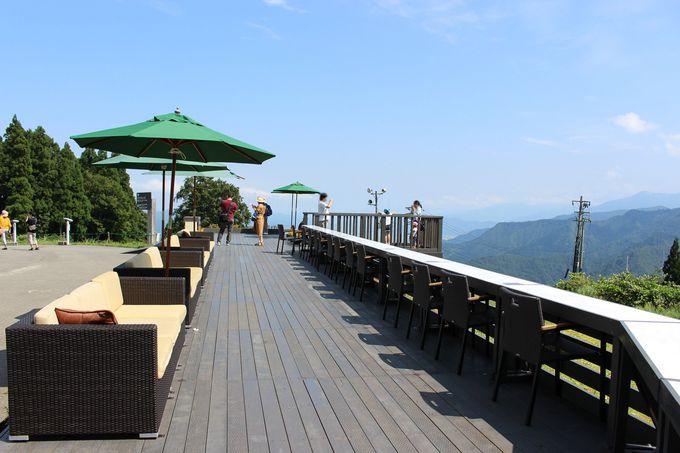 眺望抜群!「雲の上のカフェ」がオープン