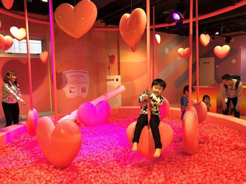 横浜駅直結キッズパーク「PuChu!(プチュウ)」でプチ宇宙を体感