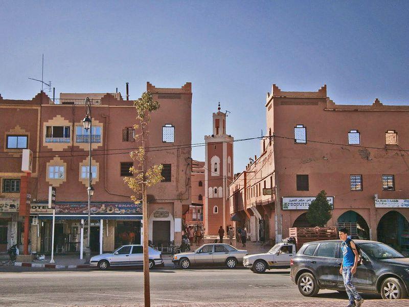 モロッコの「バラの谷」でバラ製品をショッピング三昧!