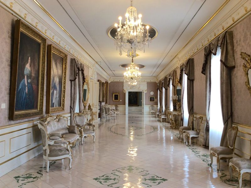 スペイン史が動いた舞台!バレンシア「セルベヨン伯爵宮殿」
