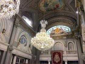 建物内部も必見の美しさ!スペインのバレンシア市役所