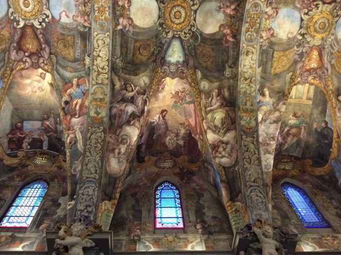 バレンシアのシスティーナ礼拝堂の異名を取る