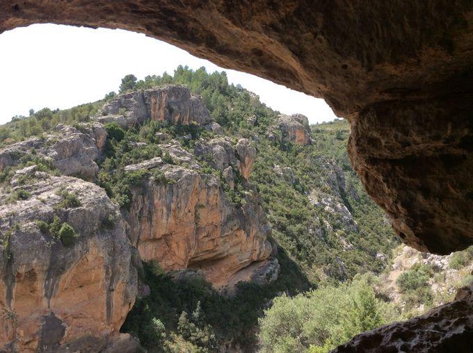 洞窟探索!
