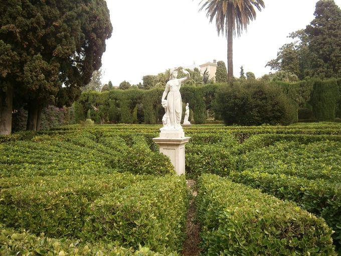 ヨーロッパの格調あふれる「ビベロス庭園」
