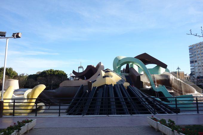 滑り台が人気「ガリバー公園」