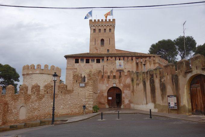 かのフランス王シャルル1世が幽閉されたベニサノ城