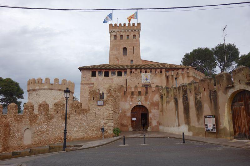 バレンシアから日帰り旅も可能!古城の町スペイン・ベニサノ