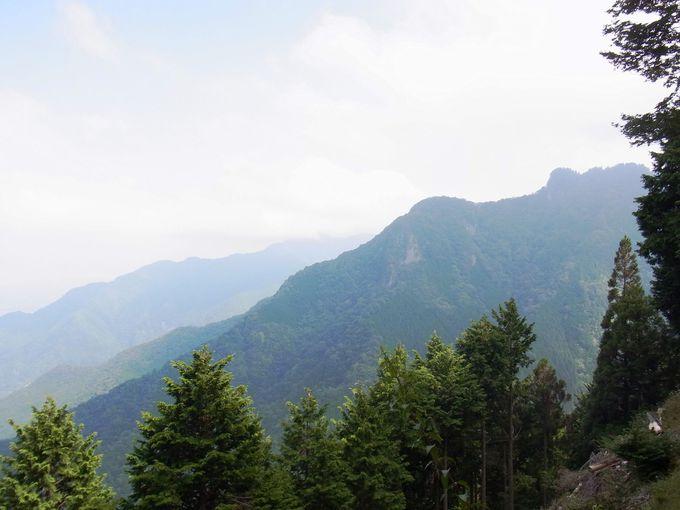 修験の聖地としての三峰山