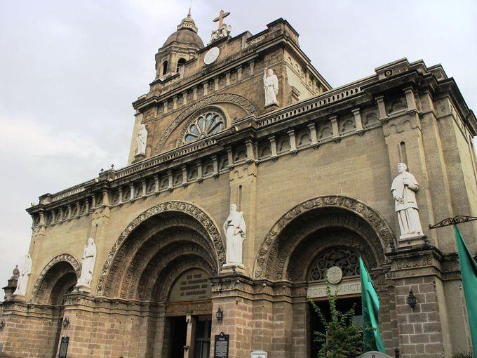 フィリピンで最も重要な教会!マニラ大聖堂