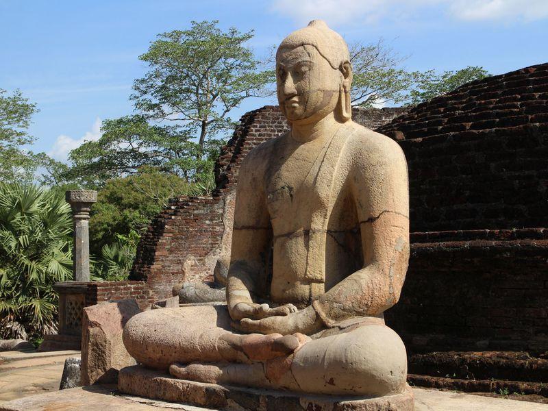 世界遺産!大仏教遺跡スリランカ...