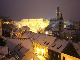 冬のライトアップが見事!チェコの世界遺産チェスキー・クルムロフ