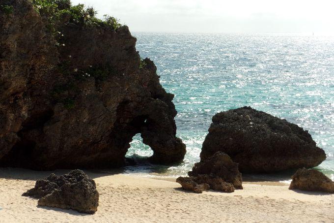 見たら幸せになれる予感!ハート岩