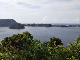日本一大きい池!鳥取「湖山池」で自然満喫&吉岡温泉