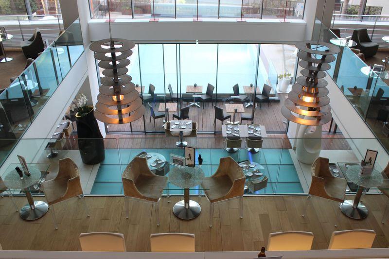 開放的なリゾート空間が魅力!ホテル「ノボテル モンテカルロ」