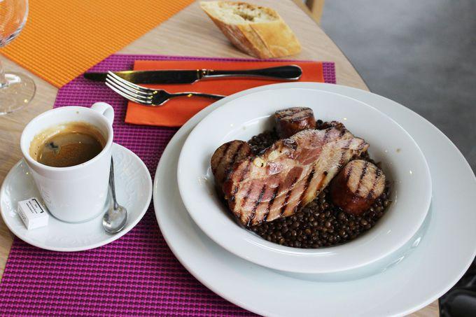 フランス伝統の家庭料理が味わえる。