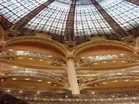 鉄鋼とガラスの芸術が彩る「近代パリ」を歩こう!