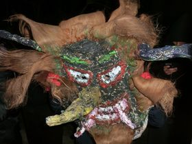 甑島でユネスコ世界無形文化遺産「トシドン」を見る!特別な年越しを!
