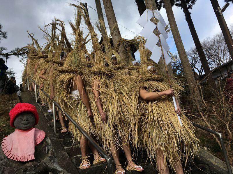 ナマハゲ、パーントゥが無形文化遺産登録!来訪神:仮面・仮装の神々