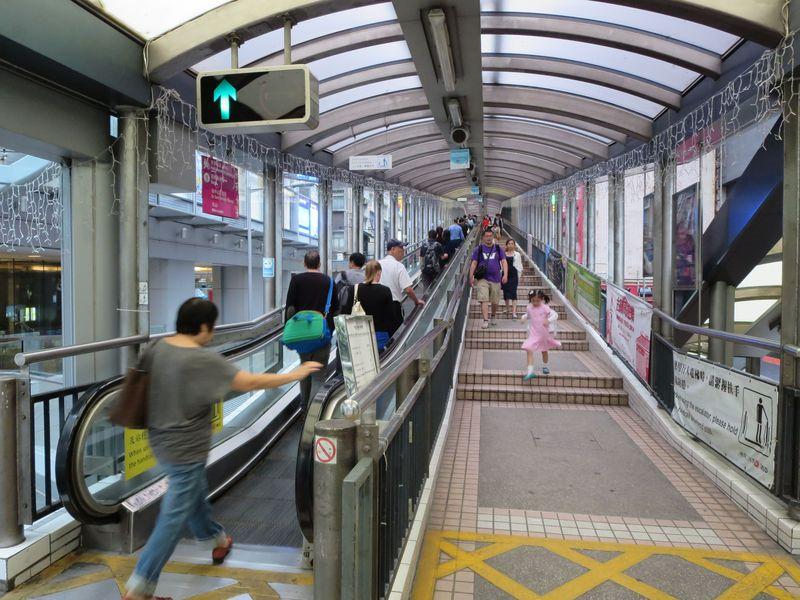 香港「ミッドレベルエスカレーター」で巡るお勧めスポット
