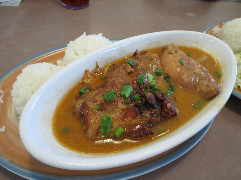 ファミレスで食べる!グアムのチャモロ風ローカル料理5選