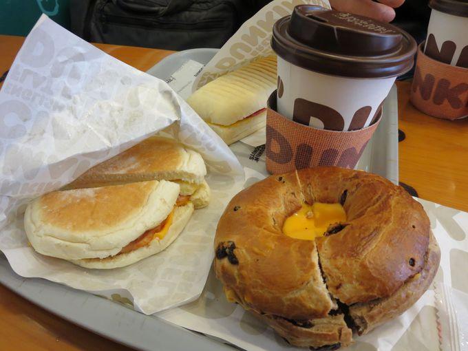 ドーナツだけじゃない朝食「ホットコンボ」