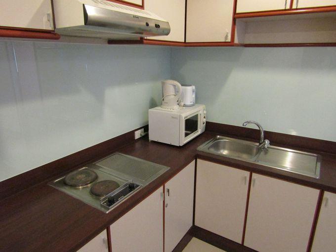 自宅にもこんな広々キッチンが欲しい!