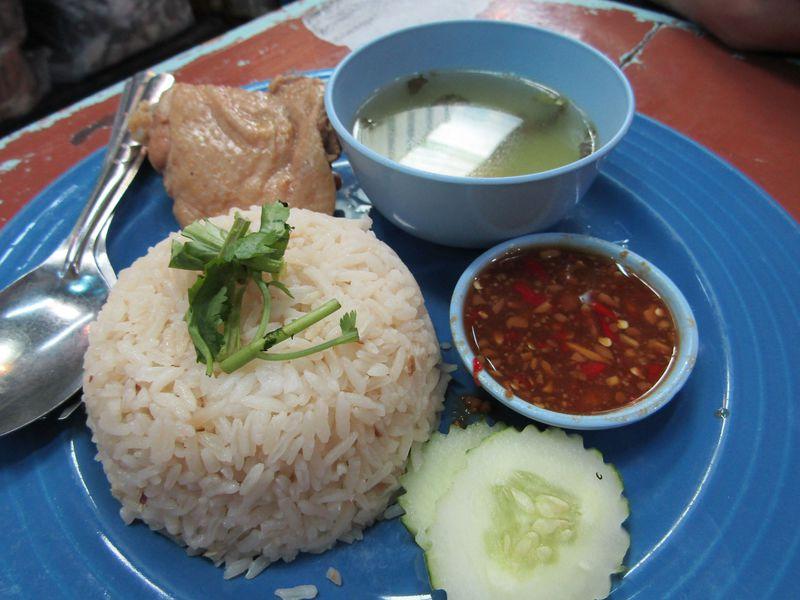 タイで食べタイ!満喫しタイ!安くてウマい!B級グルメ5選