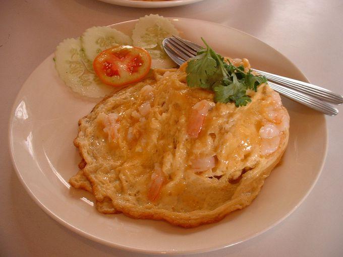 卵好きなら外せない!タイのオムレツ「カイ・チャオ」