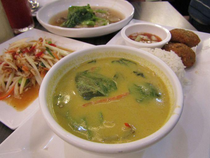まずは腹ごしらえ!いろいろなタイ料理を楽しみたいなら、ココ!