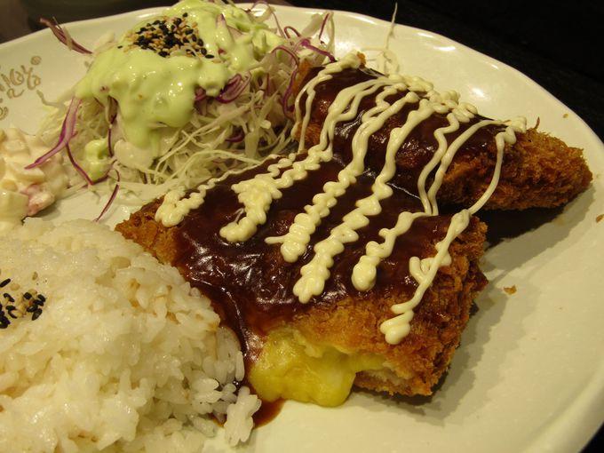 日本料理の豚カツも韓国ご当地メニューに!「コグマ・チーズトンカツ」